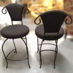 tabouret – Louis Rousseau Rembourrage, recouvrement et restauration de meubles, Québec