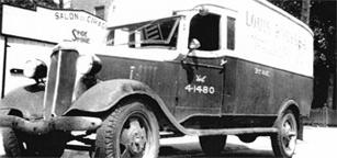 Louis Rousseau Rembourrage,  Québec - truck1